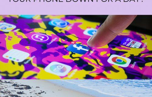 "Social media down all over the world, ""social media crash"""